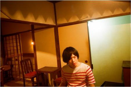関西の吟遊詩人 オガサワラヒロユキ『HAKUCHIZ』 text by 渡辺裕也