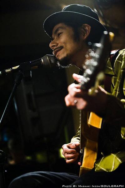 塚本功『LIVE ALONE』配信開始
