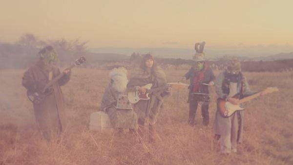 bertoiaの新曲をフリー・ダウンロードで!
