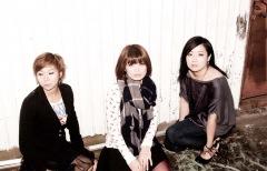 つしまみれ、14年目のセルフ・タイトル・アルバムをリリース!
