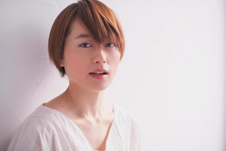 山根万理奈の新作『好きで悩んでるわけじゃない』先行配信開始&インタビュー!
