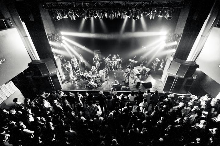 ホテルニュートーキョーが、4年振りの3rd アルバム『yes?』リリース&インタヴュー
