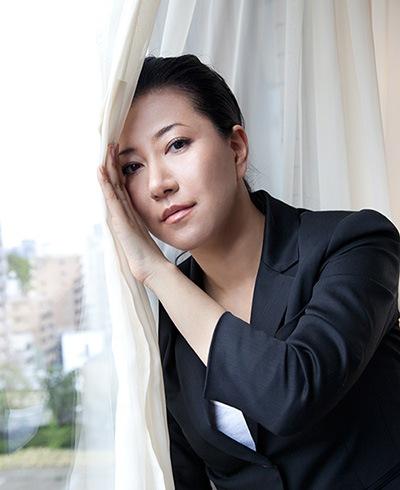 畠山美由紀、「わが美しき故郷よ」に続く、待望の6枚目のオリジナル・アルバム「rain falls」。