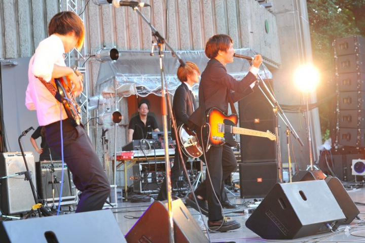 LIVE REPORT TRIGGER FES 2013 SUMMER @日比谷野外音楽堂