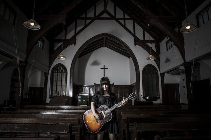 大森靖子、教会でDSDネイティヴ録音&ネイティヴ・ミックスした音源を26歳誕生日にリリース!