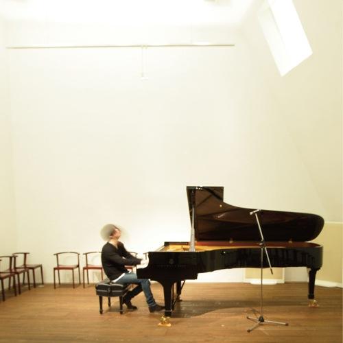 Sound & Recording × 渋谷慶一郎 世界初ボーカロイド・オペラ『THE END』から2曲をピアノ・バージョンにてDSD配信!