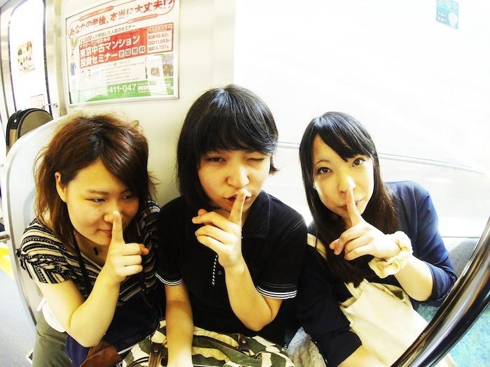 硝子越しの暴走、初のフルアルバム『musiQua』を配信開始&フリー・ダウンロード開始