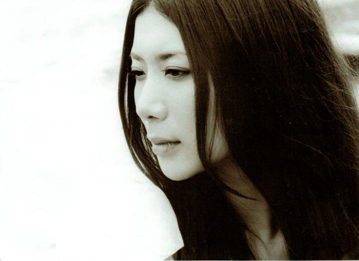 夢中夢、Magdaraのヴォーカリスト・ハチスノイト、初のソロ・アルバムをハイレゾ配信! フリーDL&フル試聴実施