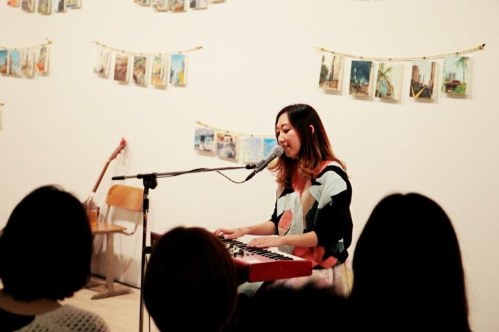 【LIVE REPORT】Rie fu、自身の個展で開いた新作『 I 』リリース・パーティー