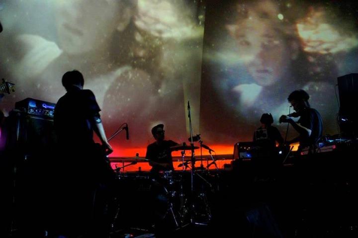 ハイブリット・ダブ・バンド、nego、3rdアルバム『THE WORLD』をハイレゾ配信&インタヴュー