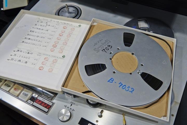 美空ひばりによる、往年の名曲達を24bit/96kHzハイレゾで配信! 南麻布コロムビア・スタジオにて、美空ひばりの魅力をひも解く