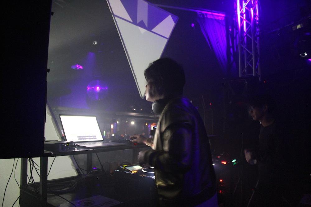 新ラジオ・プログラムの、渋谷慶一郎によるテーマ曲を配信、OTOTOY特別ハイレゾ・パッケージ