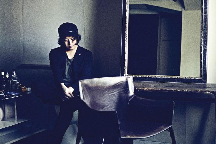 デビュー10周年の長澤知之、共同プロデューサーに益子樹(ROVO)を迎えて渾身のソロ・アルバム、ハイレゾ配信