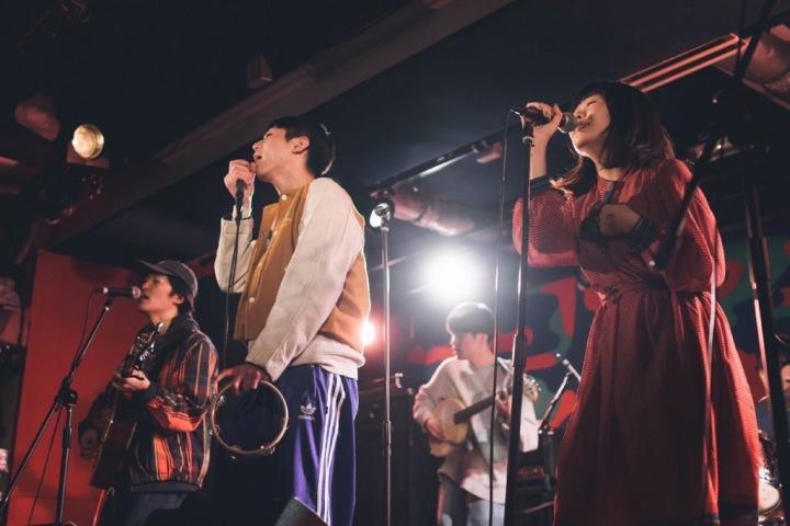 【ライブ・レポート】京都の若きノスタルジー・バンド、バレーボウイズ