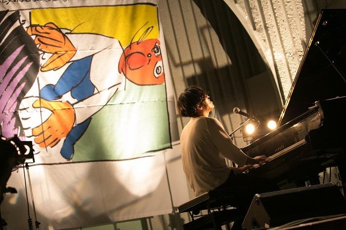 【LIVEREPORT】感動と笑いの緩急の渦! Sundayカミデ、2時間のピアノ・ソロ・ライヴ
