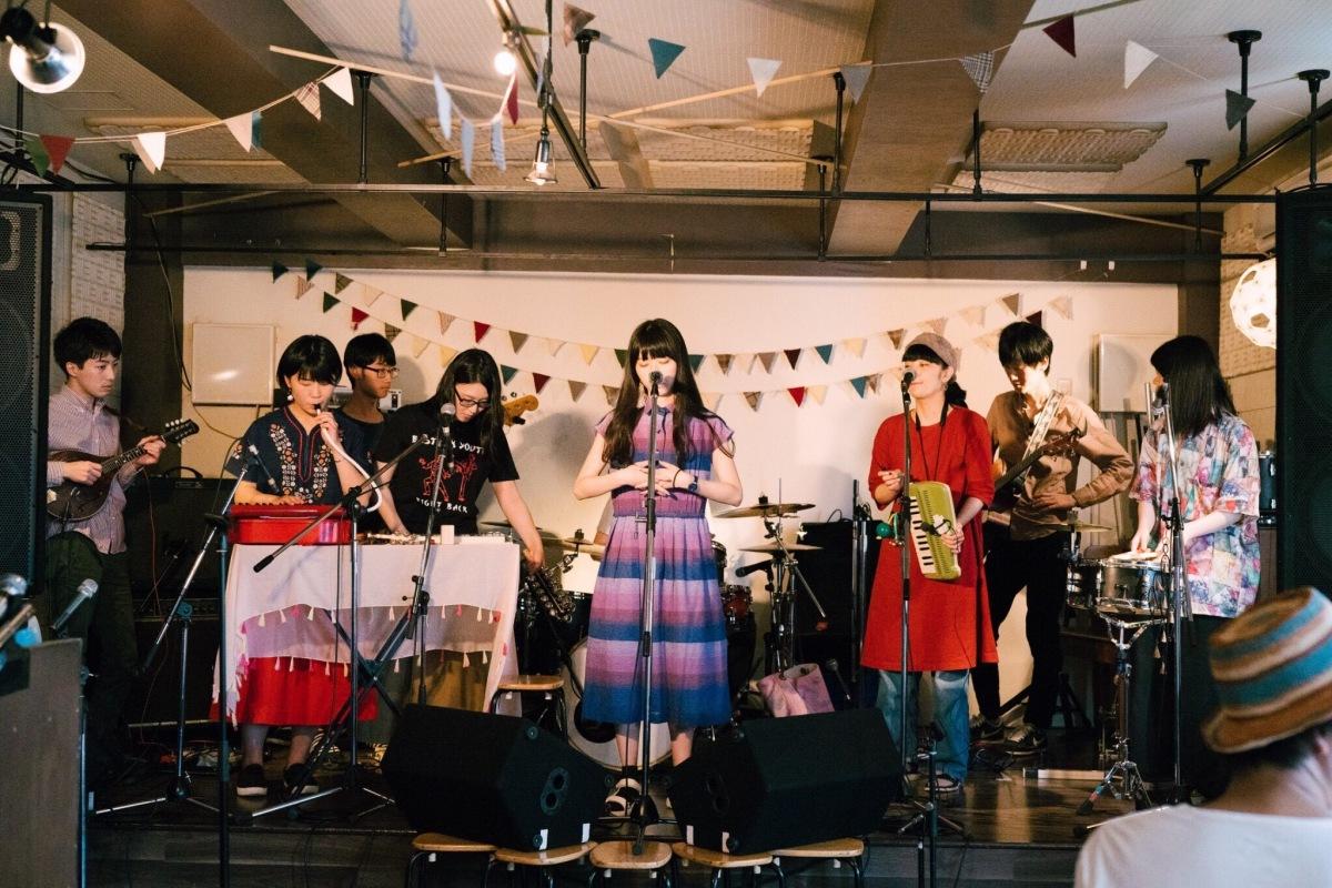 京都から広がる男女12人夢物語──Ribet towns初全国流通盤をハイレゾで