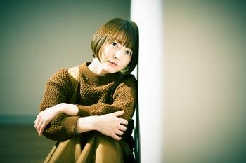 アーティストとしての花澤香菜、その原点〈ベース〉にある音楽──『ココベース』ハイレゾ配信開始&全曲解説
