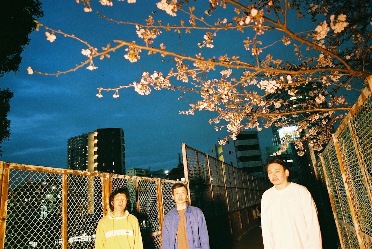 """T.V.NOT JANUARYが問う""""普通""""の意味──新たなサウンドを獲得した3rdアルバム『ふつー』をリリース"""