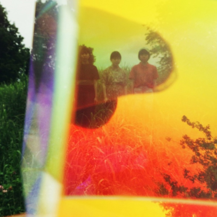 リーガルリリー「ハナヒカリ」──この3人で音楽を鳴らす新たなアイデンティティ