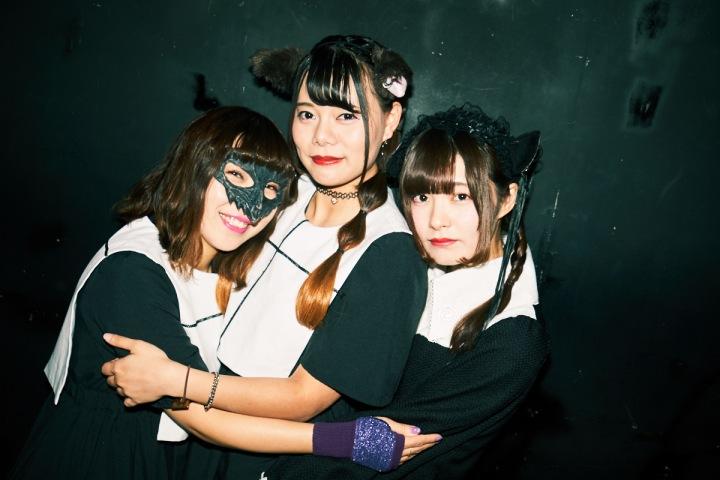 大型ルーキーが全国へ! ──〈週末アイドル部〉発の三匹組、黒猫は星と踊る