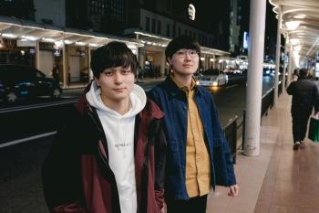 伊藤祐樹(THE FULL TEENZ) × ムツムロ アキラ(ハンブレッダーズ) 同級生対談