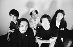 """不穏でミステリアスな新鋭ロック・バンド""""Johnnivan"""""""