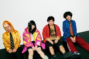 """結成のキッカケは出会い系サイト?! ──愛すべきダメ人間たち、""""東京恋慕"""""""