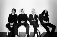 polly、人間愛を歌う新アルバム『Four For Fourteen』