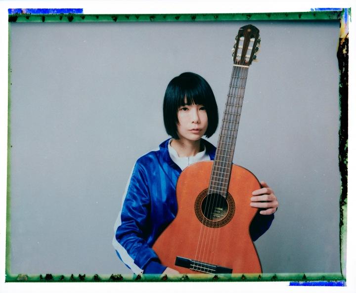 後藤まりこが歌と真剣に向き合い、弾き語りで作り上げたアルバム『POP』