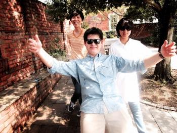 パワー・ポップを愛する者へ───Superfriendsのルーツと現在地が反映された新作ミニ・アルバム