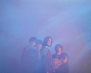 For Tracy Hydeの1stアルバム『Film Bleu』がカラー・ヴァイナル2枚組で本日リリース