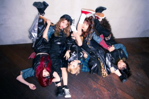 PIGGS、1st シングル「T.A.K.O」リリース決定