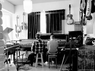 フローティング・ポインツ × ファラオ・サンダース、アルバム『Promises』3/26(金)リリース決定