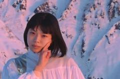 カネコアヤノ、最新アルバム『よすが』から「抱擁」のMV公開
