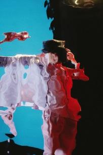 米津玄師が新曲「Pale Blue」5/31先行配信&ハチ時代からの全楽曲がTikTok解禁