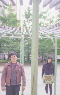 京都発2人組オルタナティヴ・ロックバンド、メシアと人人、7インチ2枚連続発売&2マンライブの配信決定