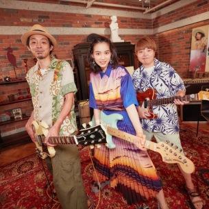 のん、宮藤官九郎を迎えて歌った「ドカドカうるさいR&Rバンド」―オフィシャルレポート