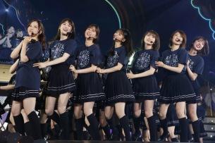 乃木坂46「真夏の全国ツアー2021」結成10周年メモリアル公演で新曲も披露-オフィシャルライヴレポート