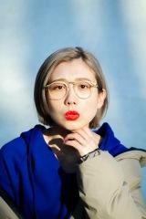柴田聡子モデルのオリジナル眼鏡フレーム「柴田の2ポ」発売決定