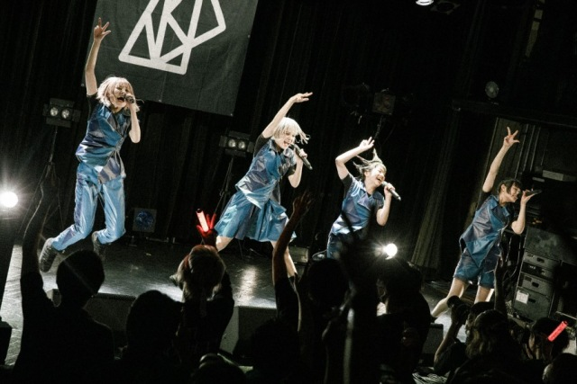 【行かなきゃ ASP-ライヴレポート-】さぁ次は、伝説を生む〈恵比寿LIQUIDROOM〉だ!──〈TOUR STARFUCKERS〉at 渋谷WWW
