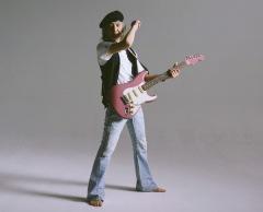 Char、武道館でデビュー45周年記念ライヴ開催 第1弾ゲストに奥田民生、山崎まさよし