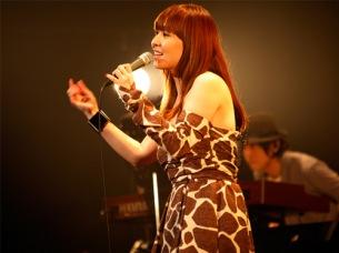 土岐麻子、2012年初ワンマンで金太郎飴をプレゼント!