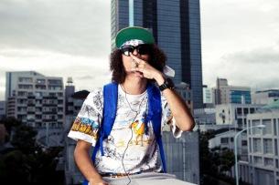 ZEN-LA-ROCKがYouTubeで〈どっキャメ!!〉な番組をスタート!