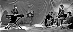〈ドリーミィ・サイケデリック・ガレージ・ロック・バンド〉壊れかけのテープレコーダーズが3作目
