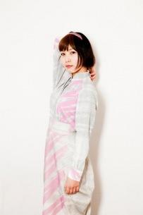 世武裕子、サントラ+ミニ・アルバムの2枚組新作をリリース