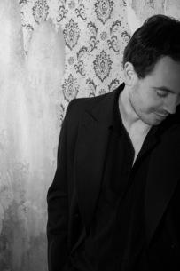 ウルリッヒ・シュナウス、6年ぶりの新アルバムをリリース