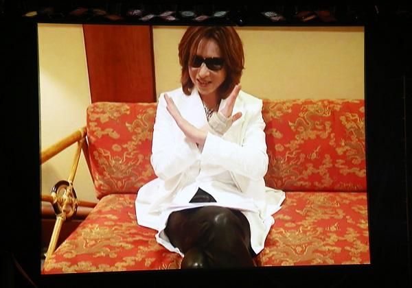 〈hide Memorial Day〉でYOSHIKIサプライズコメント映像