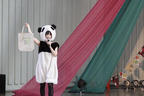 """〈第3回パンダ音楽祭〉満員の観客が""""ゆるエモ""""な一日を堪能-OTOTOYライヴレポ"""