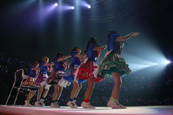 でんぱ組.inc「まだまだ夢で終わらんよっ!」みんなの思いがつまった武道館公演——OTOTOYライヴ・レポート