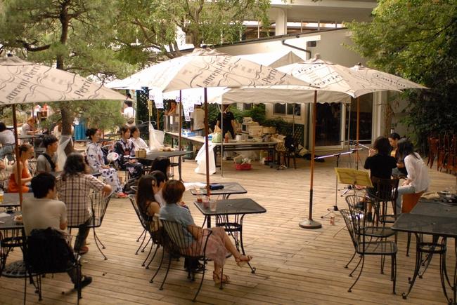 レストランで食と音楽を楽しむイヴェントにELEKIBASS、ジャポニカソングサンバンチら出演